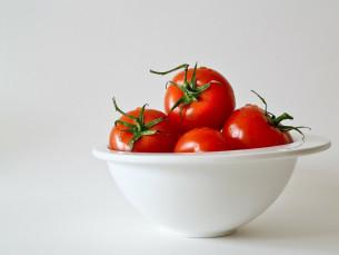 tomatoes-320860_1280-1024x746